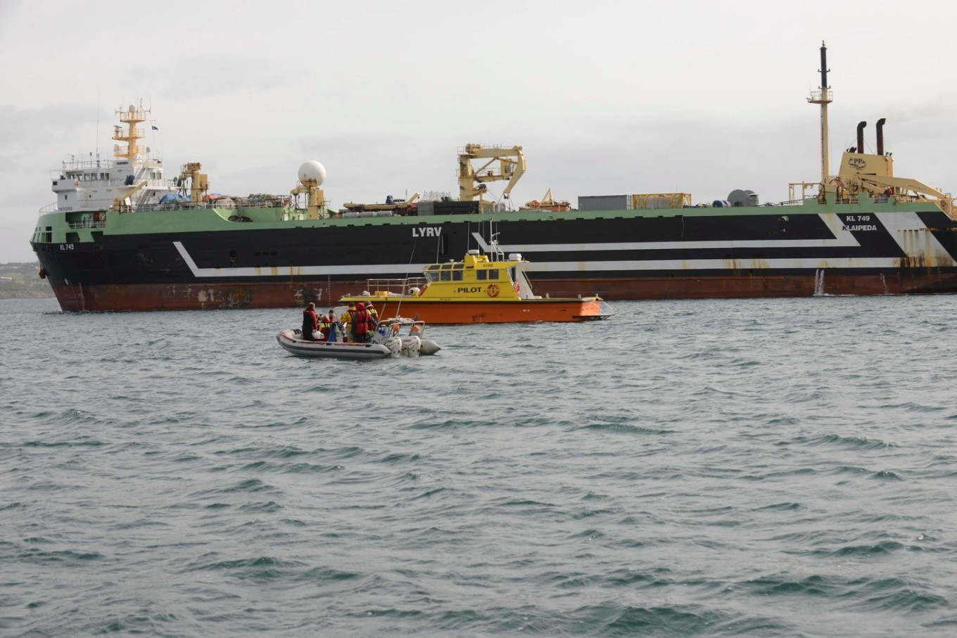 SUPER TRAWLER MARGIRIS ARRIVAL